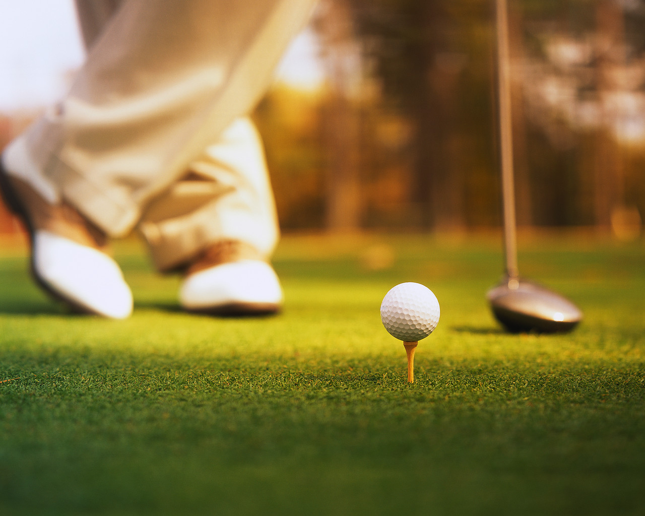 What Happens During a Round of Business Golf?